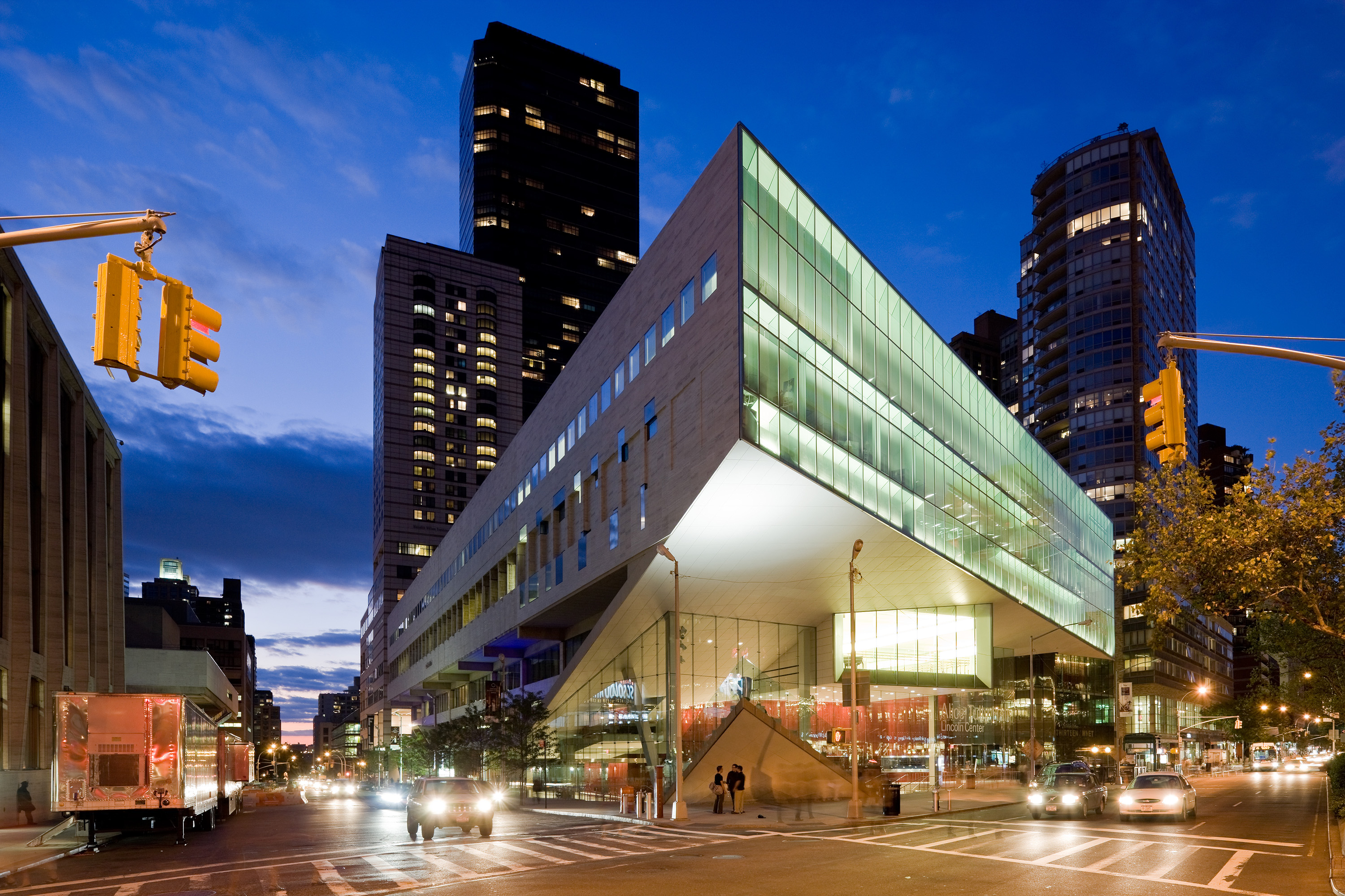 Alice Tully Hall Amp The Juilliard School At Lincoln Center